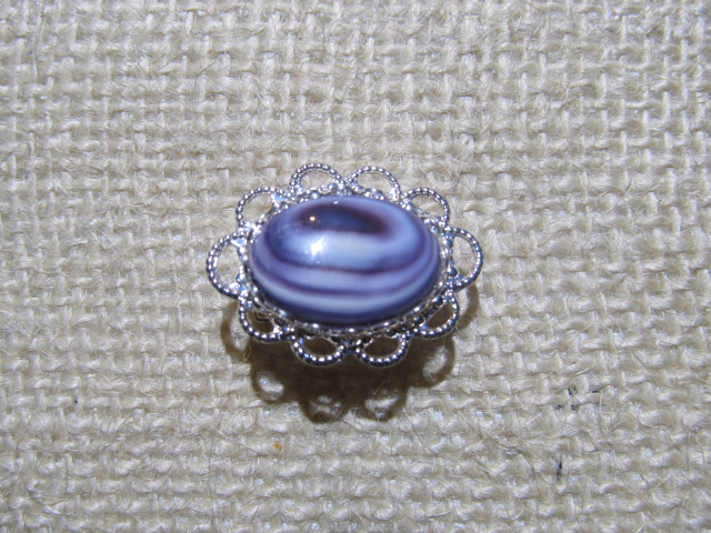 Fancy Oval Wampum Pin